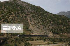 آرامش و گردشگری ریلی، حاصل جدال با کوه و آهن در لرستان