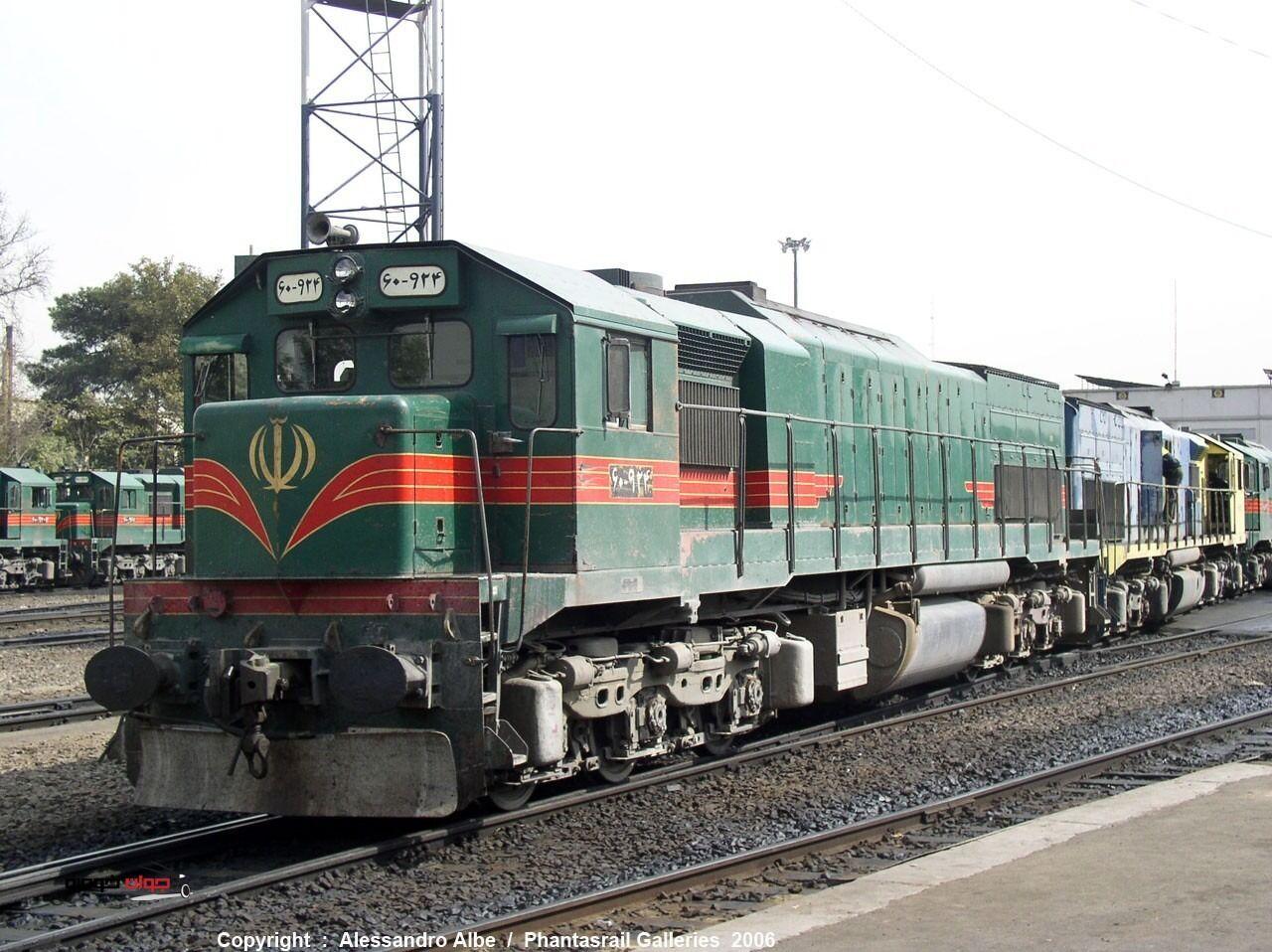 بارگیری روزانه ۵۰۰ تُن محصول پتروشیمی از ایستگاه راهآهن مهاباد