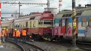 دهها زخمی در حادثه برخورد دو قطار در پایتخت جمهوری چک