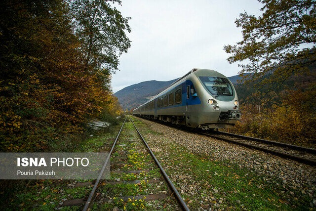 جابجایی ۱۱۵ هزار مسافر از طریق راهآهن گیلان/ صادرات ۱۲۰ هزار تنی کالا از آستارا