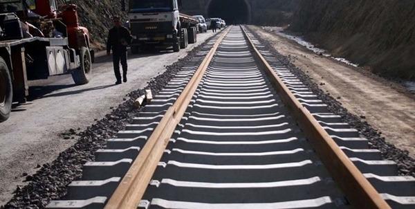 آغاز عملیات اجرایی ۵ طرح ملی در سبزوار/ افتتاح راه آهن تا سال آینده