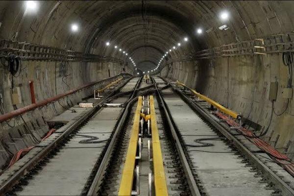 صرف ۵ هزار میلیارد تومان طی دو سال برای احداث مترو اصفهان/ لزوم توسعه قطارهای حومهای به منظور ساماندهی حاشیه شهرها