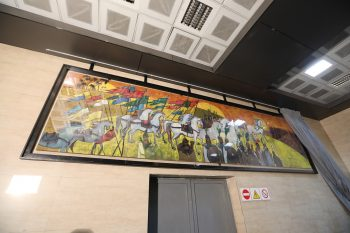 مراسم رونمایی ازتابلو نقاشی ظهر عاشورا در ایستگاه شادمان