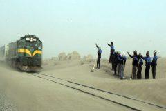 ۱۰کیلومتر خط ایستگاه رودشور برای مقابله با توفان شن بازسازی شد