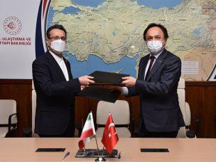 امضای سه سند همکاری مهم بین راه آهن جمهوری اسلامی ایران و ترکیه
