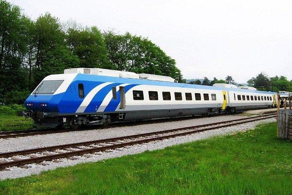 قطار یزد-تهران دچار سانحه شد ولی آتش نگرفت