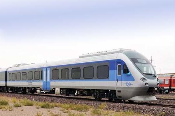 سرمایهگذاری صندوق توسعه ملی در راهآهن شهرکرد