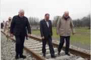 بازدید وزیر اقتصاد آذربایجان از راه آهن آستارا- آستارا