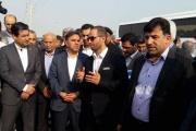وزیر راه و شهرسازی برای بهره برداری از سایت پارسیان ریل شرق و بازدید پروژه های دیگر به خوزستان سفر کرده است.