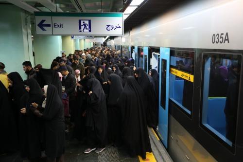جابجایی رایگان بیش از صدو هفت هزارمسافر توسط متروی تهران و حومه از ایستگاه شهرری در روز اربعین حسینی