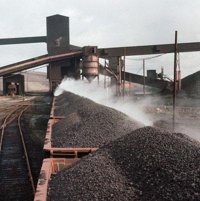رشد ۱۱ درصدی بارگیری، ۲۰ درصدی صادرات و  ۳۵ درصدی خالص تن کیلومتر در راه آهن شرق