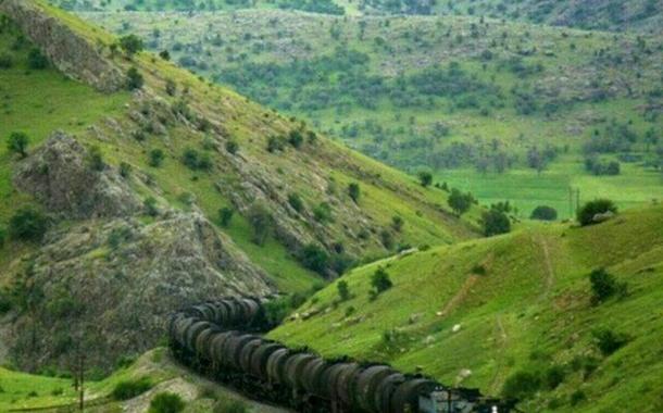 ثبت رکورد جدید «تن کیلومتر مرزی» در راهآهن لرستان