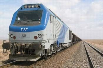 تامین ۱۹۴۰ میلیارد تومان اعتبار برای تولید ۹۷۴ دستگاه لکوموتیو و واگن قطار/ ناوگان حمل و نقل ریلی توسعه مییابد