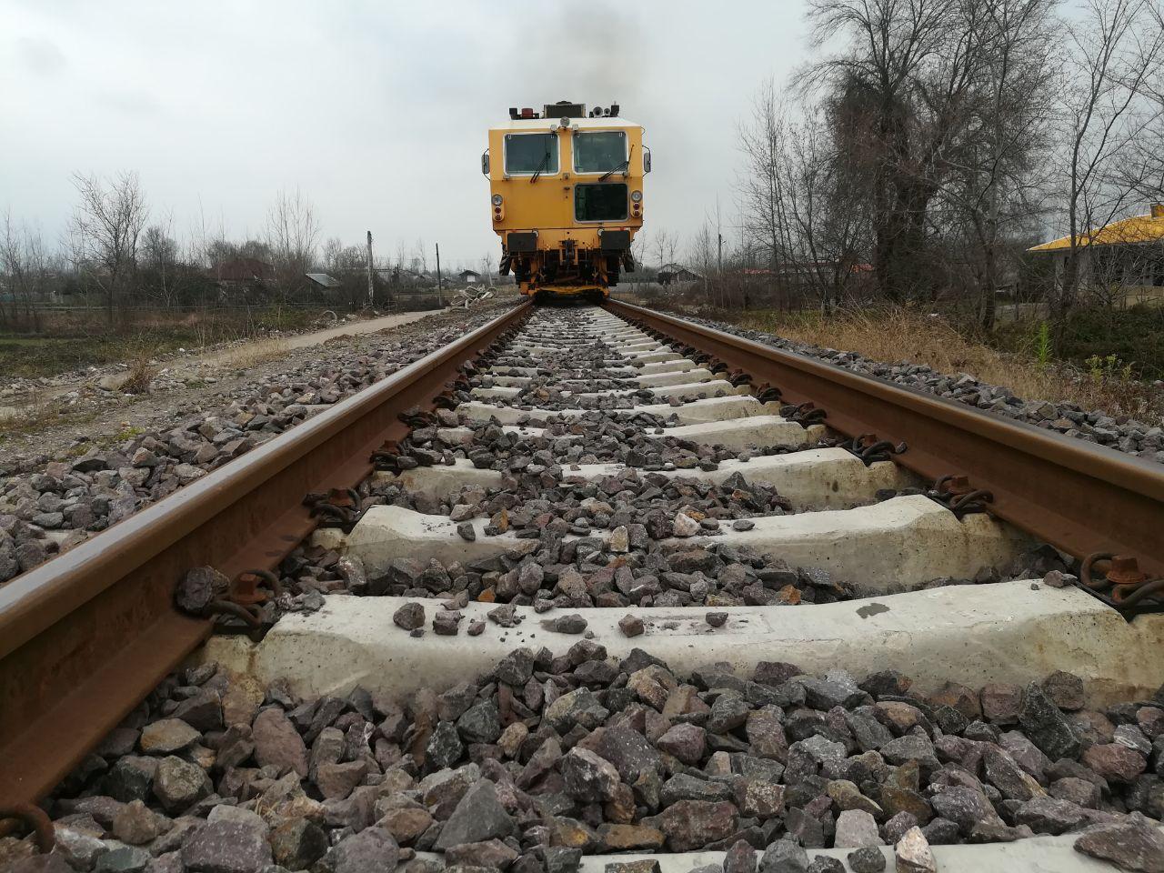 کاهش 30 درصدی هزینه حمل بار با تکمیل کریدور شمال- جنوب/ ضرورت اتصال بنادر انزلی و آستارا به راه آهن رشت
