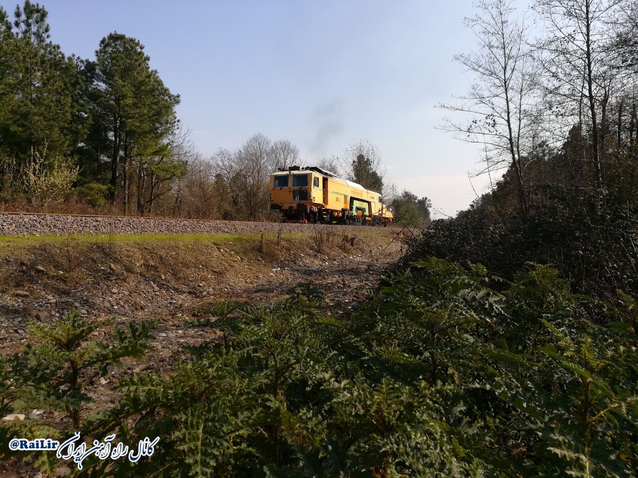 پروژه راهآهن قزوین - رشت نقش حیاتی برای کشور دارد/ اتصال به کشورهای اروپایی با تکمیل راهآهن قزوین - رشت