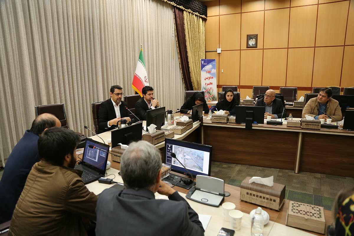 توجه به ظرفیت های باری و مسافری در توسعه ایستگاه تبریز