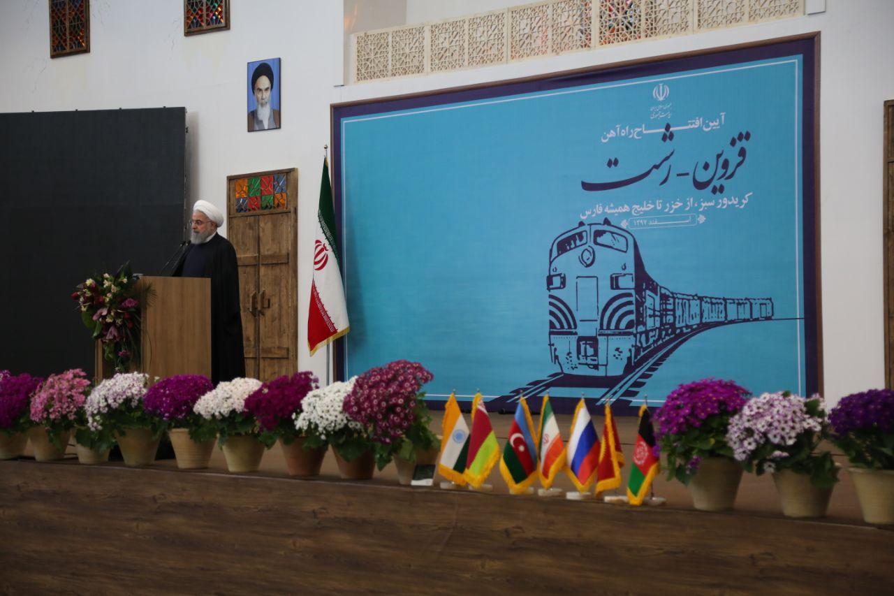 تکمیل پروژه ریلی جنوب ـ شمال موجب استحکام روابط تهران و باکو میشود