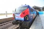 اولین قطار مسافری از رشت راهی مشهد شد