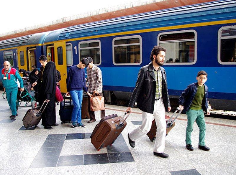 مهیاسازی ۲ میلیون و ۱۰۰ هزار صندلی قطار برای ایام نوروز/ سرویسدهی ۵ هزار و ۱۷۰ قطار در ایام نوروز