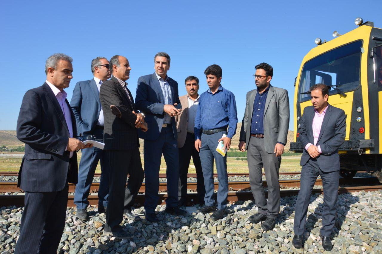 امکان سنجی و راه اندازی قطار حومه ای در مسیر شیراز – مرودشت