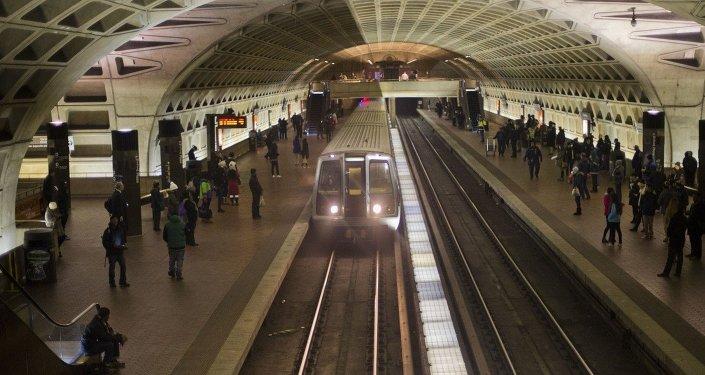 خروج ۴۰ واگن قطار در تونل میان آمریکا و کانادا