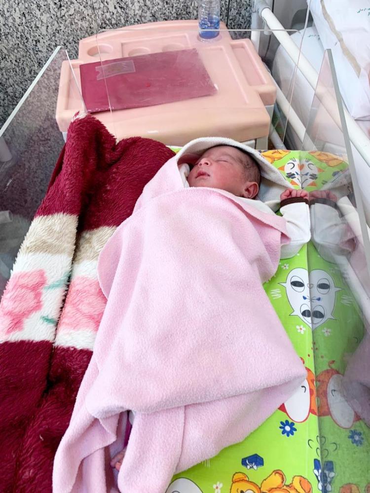 هدیه مترو به مادر و فرزند متولد شده در ایستگاه دروازه دولت