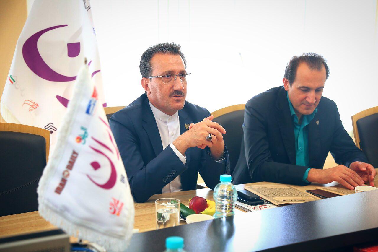 دیدار و گفتگوی رسولی، مدیرعامل راه آهن با مدیرمسئول دبیران و خبرنگاران روزنامه ایران