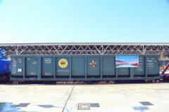 گزارش تصویری/مراسم بهره برداری از  ۲۱۳ دستگاه انواع واگن باری و مسافری و لکوموتیو تولید ملی