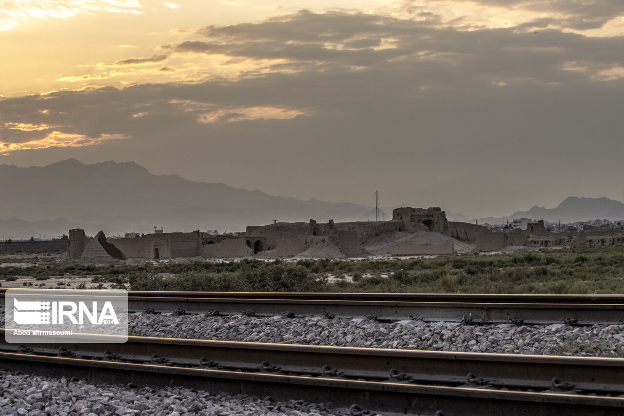 اتصال راهآهن اردبیل به شبکه ریلی جمهوری آذربایجان قطعی است