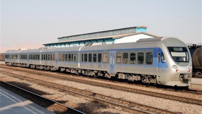 افزایش تعداد قطارهای مسافری کرمان به مشهد و تهران