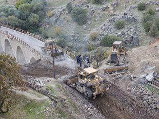 فاز پایانی پروژه بازسازی خط در بلاک قارون _ بیشه/گزارش تصویری