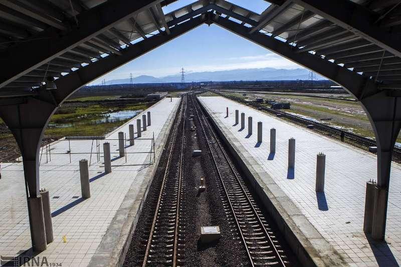 ۲۲ مرکز استان به شبکه راه آهن متصل است