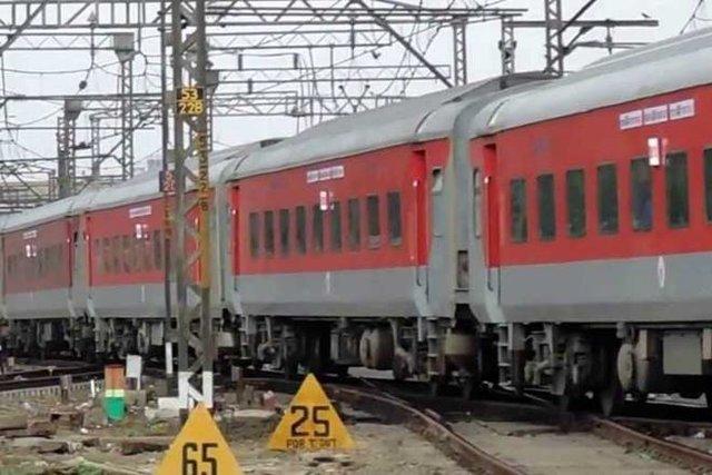 برخورد مرگبار قطار با ۳ نفر در مراکش