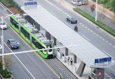 راه اندازی قطاری در چین که ریل ندارد!