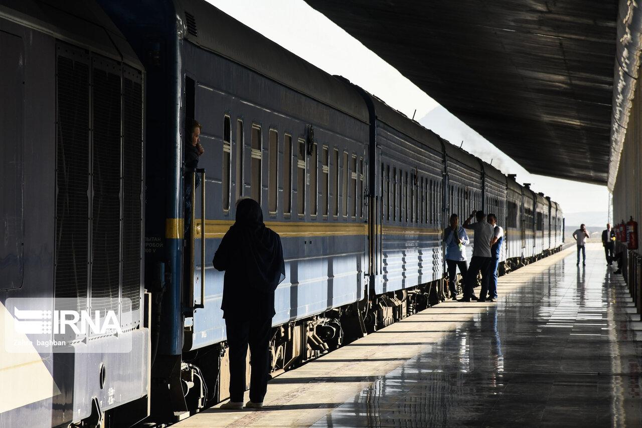 ملایر میزبان قطار گردشگری نوروزی میشود