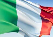 راه آهن ایتالیا واگنهای واژگون شده حادثه اخیر را از روی ریلها جمعآوری کرد