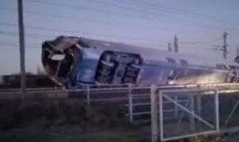 ۳۲ کشته و زخمی در حادثه خروج قطار از ریل در ایتالیا