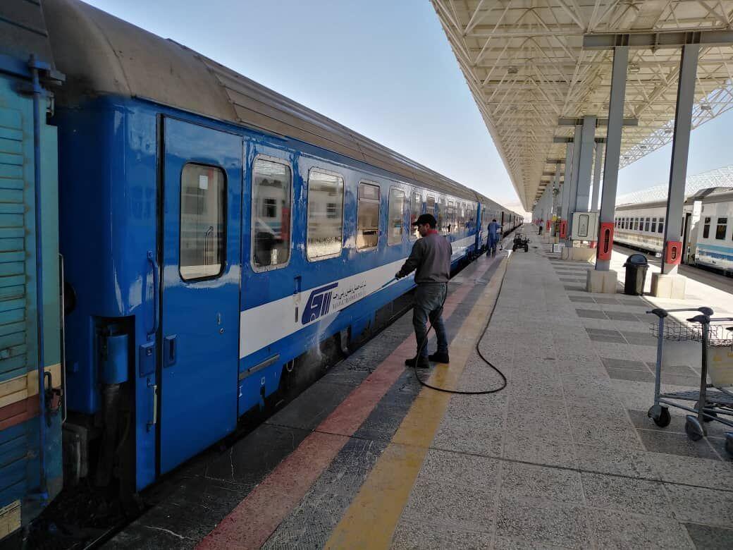فعالیت قطارهای نوروزی اصفهان متوقف شد