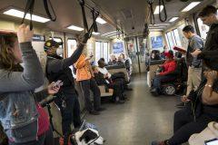 ۱۹ نفر در آمریکا به خاطر کرونا جان باختند / قطار واشنگتن-نیویورک تعطیل شد