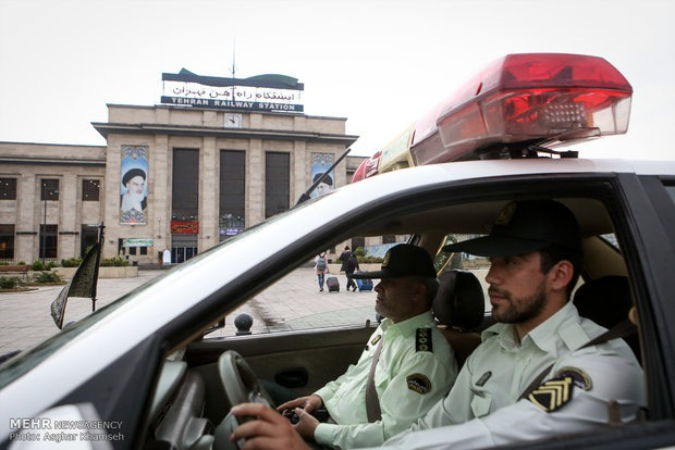 توقیف مرسولههای پستی قاچاق توسط پلیس راهآهن