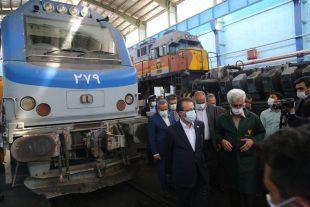 گزارش تصویری /بازدید مدیرعامل راه آهن از ایستگاه بافق و کارخانجات بازسازی لکوموتیو بافق