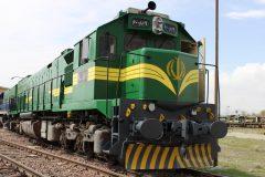 جابجایی سالانه ۵۰۰ هزار مسافر در راهآهن فارس