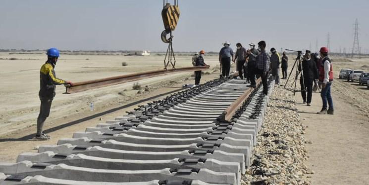 وابستگی همسایگان به ترانزیت ریلی از ایران با تکمیل خط آهن چابهار/ سرمایهگذاری در شرق کشور افزایش مییابد