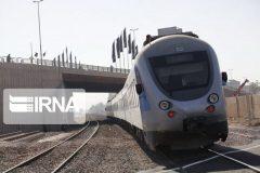 نصف ظرفیت مسافری خطوط ریلی فارس استفاده میشود