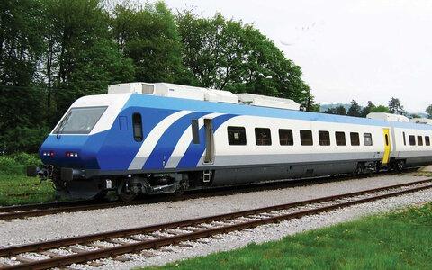 فعالیت راه آهن موجب حذف ۸۰ هزار خودرو از جاده های گیلان شد