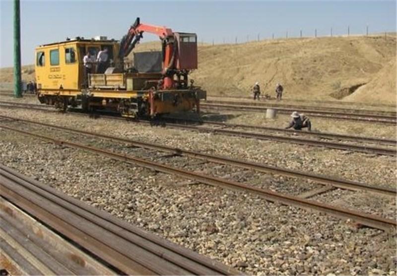 زیرسازی خطوط ریلی کرمانشاه به اسلامآباد غرب ۸۱ درصد پیشرفت فیزیکی دارد