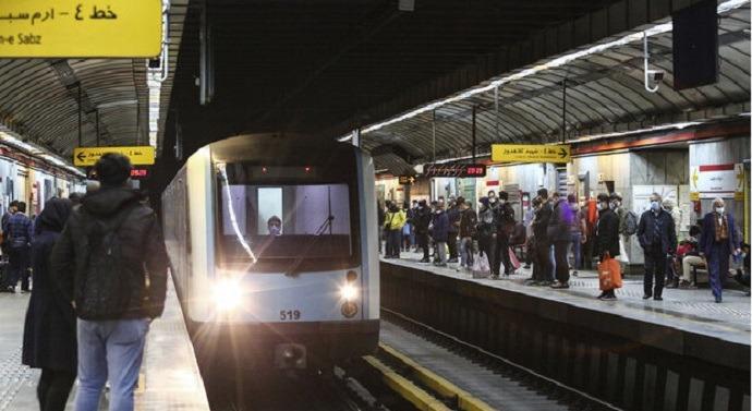 ورود به ایستگاه راهآهن بدون خروج از مترو